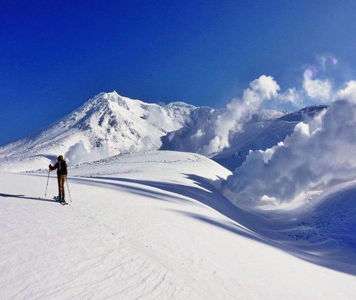 Viaggi Sport Scialpinismo in Giappone Hokkaido Asahidake Sci Freeride
