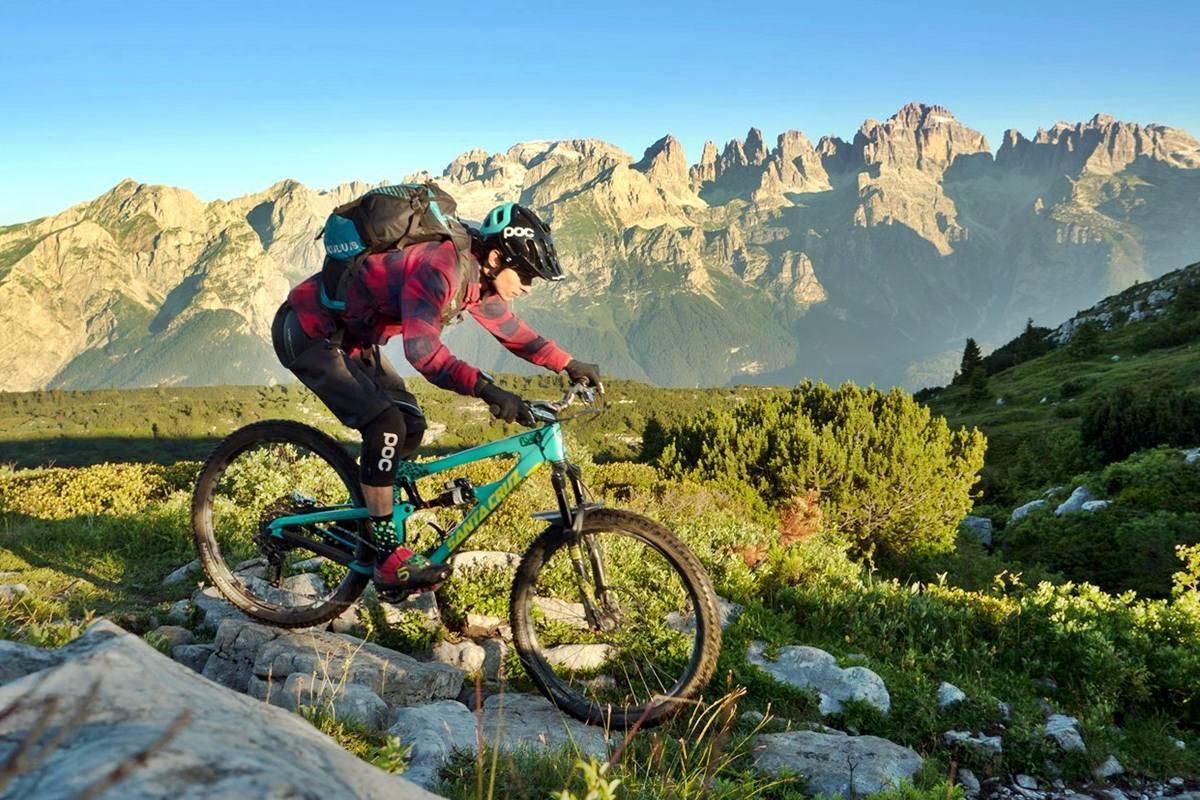 Viaggi Sport Enduro Mountain Bike Bear Trails foto credit azienda prmozione turistica dolomiti paganella