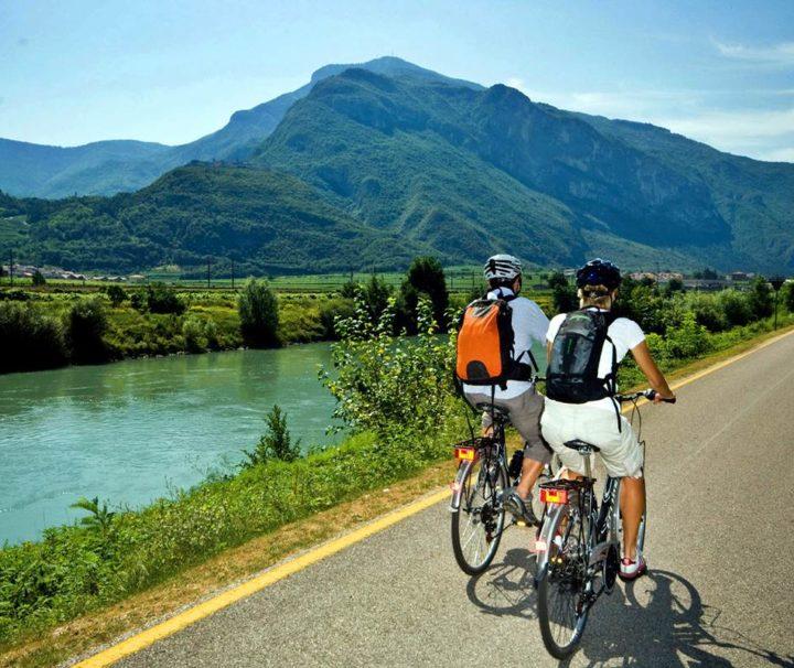 Bici Trentino Pista Ciclabile Fiume Adige Trento Lago di Garda