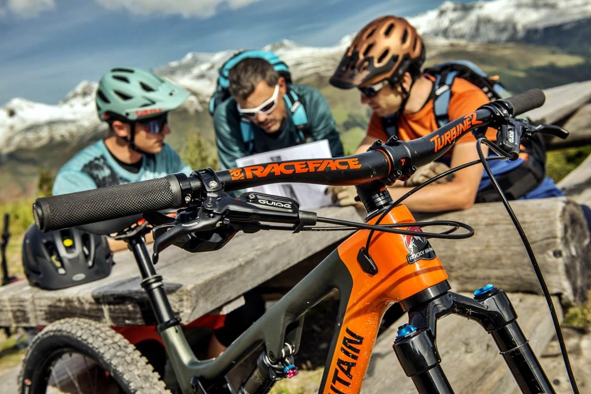 Mountain Bike Davos Svizzera Bahnen Tour Guida e Traccia Gps Photo Destination Davos Klosters Christian Egelmair