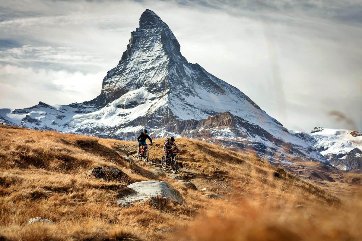 Mountain Bike Svizzera Mtb Enduro Ebike Tour Copyright Zermatt Tourismus photo Pascal Gertschen