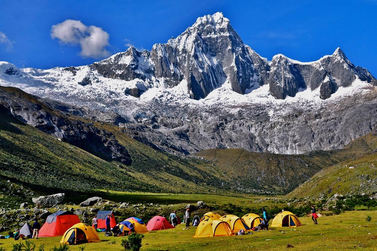 perù viaggio trekking tenda campo base
